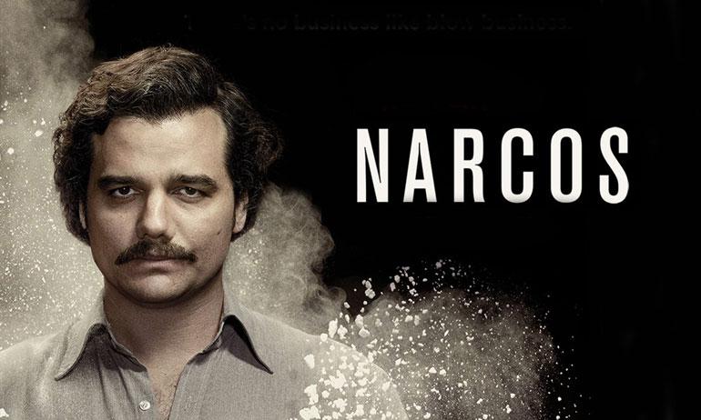 série narcos critique